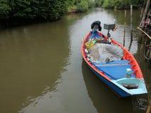 Barca e fiume Immagine Stock