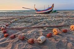 Barca e rete del pescatore Fotografia Stock Libera da Diritti