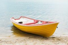 Barca gialla Fotografia Stock Libera da Diritti
