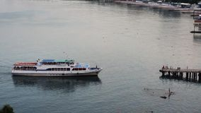 Barca in Gurzuf video d archivio