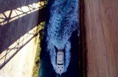 Barca in itsmo Fotografie Stock