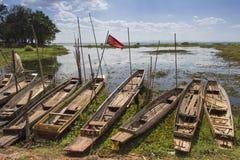Barca in lago Fotografie Stock