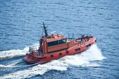Barca in mare Fotografie Stock Libere da Diritti