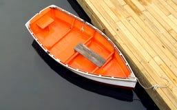 Barca messa in bacino Immagini Stock