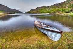 Barca nel lago Killarney Fotografie Stock Libere da Diritti