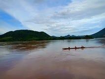 Barca nel Mekong, Tailandia fotografia stock libera da diritti