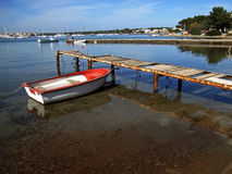 Barca nel pilastro Fotografie Stock