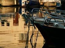 Barca nella porta Fotografia Stock Libera da Diritti