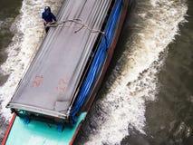 Barca nella vista superiore del canale Fotografia Stock
