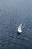 Barca in oceano Immagine Stock