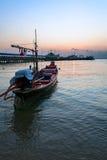 Barca, porto e tramonto Fotografia Stock