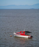 Barca rossa e bianca Fotografie Stock Libere da Diritti