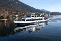 Barca Salzkammergut sul lago Wolfgangsee in Austria Fotografie Stock Libere da Diritti
