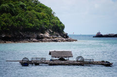 Barca in si Chang Island di Kho a Chonburi Tailandia Fotografia Stock Libera da Diritti