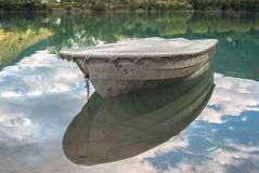 Barca su Soca Fotografia Stock Libera da Diritti