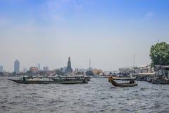 Barca sul fiume Chao Phraya, Bangkok Fotografia Stock Libera da Diritti