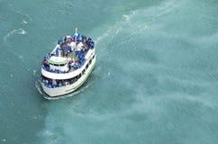 Barca sul fiume Niagara Fotografia Stock Libera da Diritti