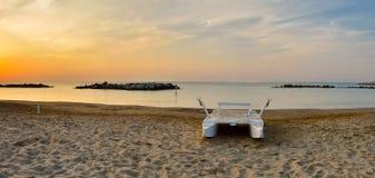 Barca sul litorale Fotografie Stock