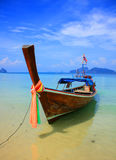 Barca sul mare del sud della Tailandia Immagine Stock