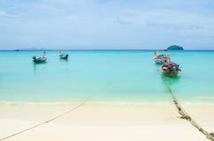 Barca sul mare in Tailandia Fotografia Stock Libera da Diritti