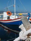 Barca sull'isola greca Immagini Stock Libere da Diritti