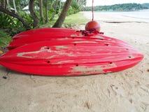 Barca sulla spiaggia Immagini Stock Libere da Diritti