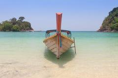 Barca tailandese tradizionale di Longtail Immagine Stock Libera da Diritti