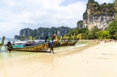 Barche tailandesi tradizionali di Longtail. immagini stock libere da diritti