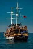 Barca turistica Immagini Stock