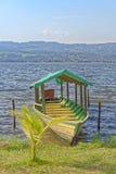 Barca turistica del azul di Laguna Immagine Stock