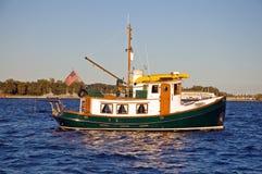 Barca unica della tirata fotografie stock
