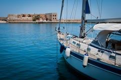 Barca in vecchio porto Fotografia Stock