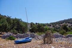 Barca a vela abbandonata Fotografia Stock Libera da Diritti