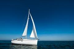 Barca a vela da solo Immagini Stock