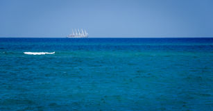 Barca a vela Mar Mediterraneo Fotografie Stock Libere da Diritti