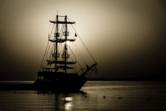 Barca a vela nella baia Fotografia Stock Libera da Diritti