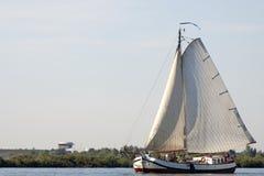 Barca a vela olandese d'annata Immagine Stock