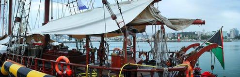 Barca a vela in porto Fotografie Stock