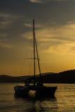 Barca a vela sul mare Fotografie Stock