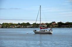 Barca a vela vicino a St Augustine fotografia stock