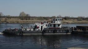Barca velha no rio filme