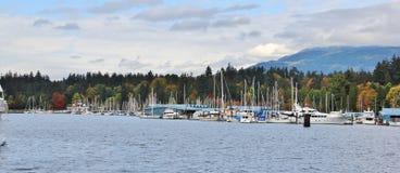 Barca, yacht nel porto del carbone, Vancouver del centro, Columbia Britannica, Canada Fotografie Stock