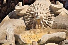 Barcacciafontein in Piazza Di Spagna in Rome stock foto