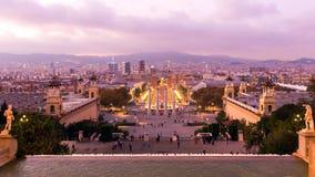 Barcellona è città capitale e più grande della Catalogna come pure il secondo comune popolato della Spagna immagini stock
