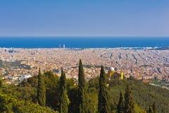 Barcellona dalla collina di Tibidabo Immagine Stock