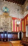 哥特式建筑在Barcelon市政厅里  库存图片
