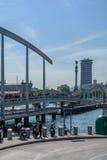 """Barcelona, †da Espanha """"o 12 de setembro: Multidão de povos que andam transversalmente Fotografia de Stock"""