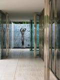 Barcelona 2009: Mies van der Rohe architectuur Stock Afbeeldingen