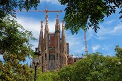 BARCELONA - AUGUSTI 7: Sagrada Familia domkyrka på Augusti 07, 20 Royaltyfri Bild