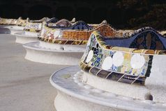 barcelona benches gaudiguellparken spain Arkivbild